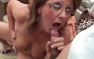 Hairy chubby mom fucked by boyfriend