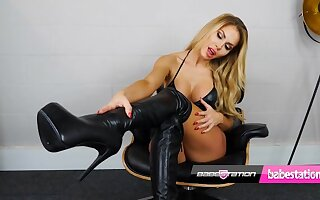 Teen Marni Moore reproachful talk and sex toy dissemble