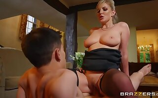 Outr� Lad Licks, Fingers And Fucks Wide-open Blonde Pussy - Jordi El Niño Polla And Georgie Lyall