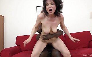 Interracial anal sex with slanderous grown up brunette Claudie Dark