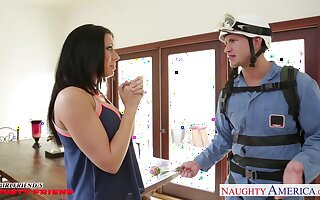 Surprise for old hat modern blustery into sex with her best band together with succulent boobs Rachel Starr