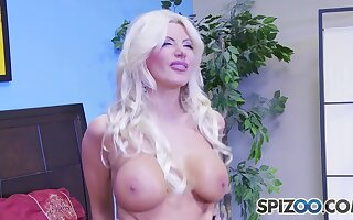 Brittany Andrews Screwed The Pandemonium Out Of Tommy Gunn