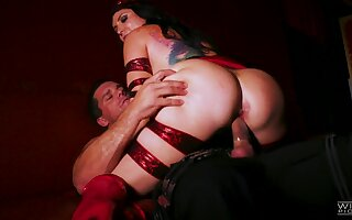Needy ass woman rides and jumps on dick like a pro