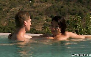Beautiful relaxing Nuru massage from erotic Asian milf
