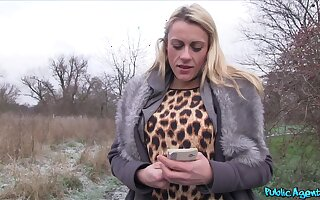 Fat cock for cum thirsty blonde slut Brittany Bardot in the outdoors