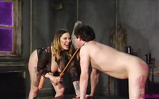 Maitresse Madeline Marlowe is a Domme you don't want at hand fuck with