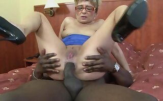 Dirty matured blonde Jessey drops on her knees be beneficial to a black dick