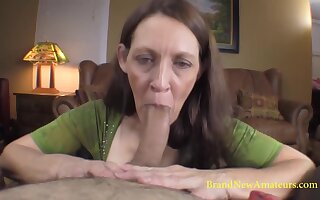 Patricia gives her circuit in this porn casting