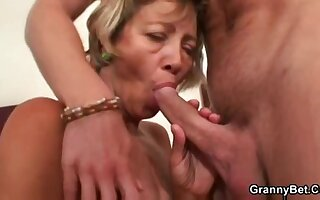 Miluse Havelova Detersive Lady be thrilled by and cum load